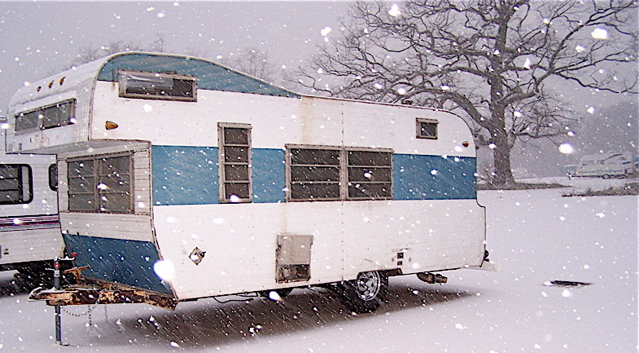 1966 Frolic 18 ft. travel trailer